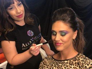 Make up artist con Cecilia Rodriguez